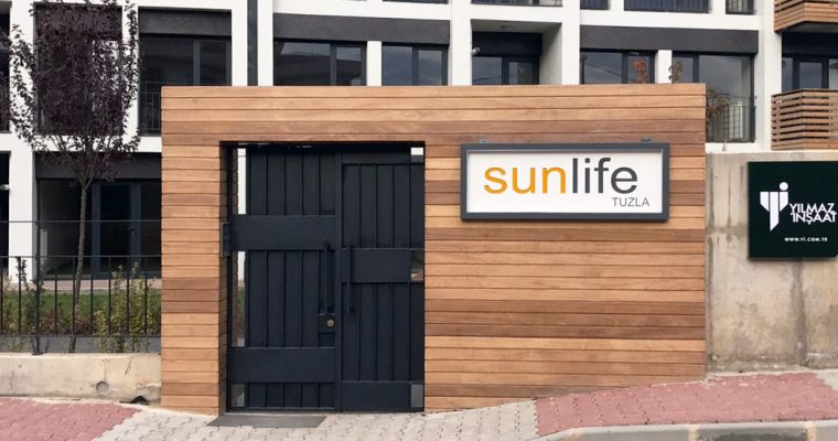 Sunlife Entrance